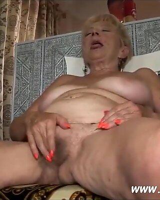 Diese Gutmutige Hure Sagt, Sie vil viel sex