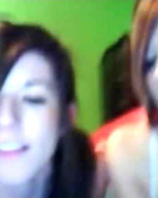 Sexy girls on webcam