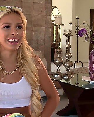 Προσεθιά έφηβη carmen caliento fucked by χοντρή ψωλή - Carmen Blonde
