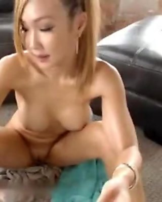 Asian Chick With Big Boobs - NAKEDCAMGIRLZLIVE.COM
