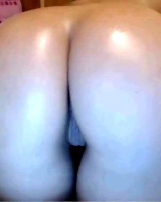 Ass strech and dildo ride