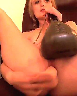 Blonde Teen Plays with Dildo - Dirtyyycams.com