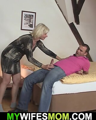 Horny girlfriends blonde mother begging for taboo sex
