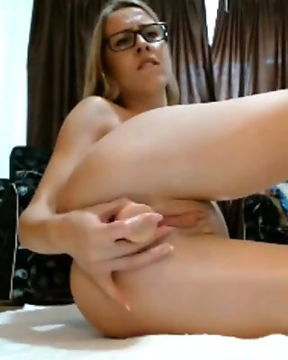 Dildo anal fun in webcam