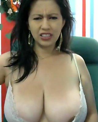 Huge tits latina milf squirts