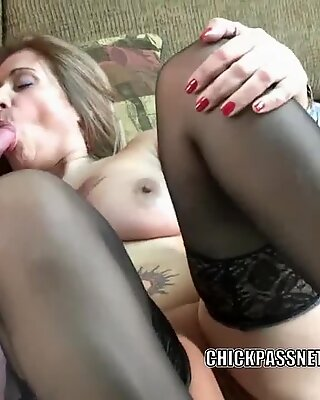 Busty MILF Sandie Marquez gets her mature pussy pounded