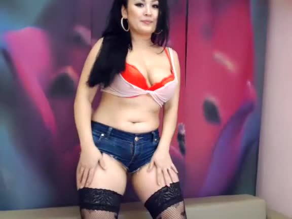 oriental flowerr intimate movie scene on 01/10/15 16:17 from chaturbate