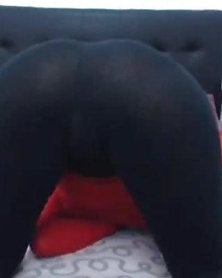 New hijab girls shows us what she got!