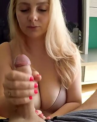 DeNata - molten mommy hand-job