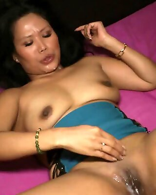 Playing with creampied pussy after gangbang Asia-Nicci